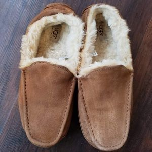 Ugg Dakota men's size 9 women's size 11